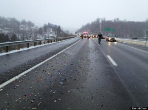 o-LEGOS-SPILL-ON-HIGHWAY-570